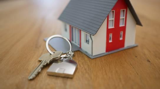 Ubezpieczenie domu lub mieszkania online Chicago – co tak naprawdę wchodzi w jego zakres?