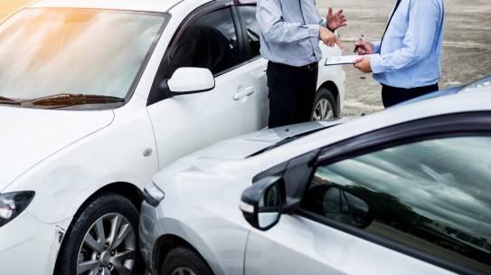 Co brać pod uwagę podczas wyboru ubezpieczenia auta w Chicago?